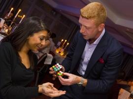 Rubiks-Cube-Magician